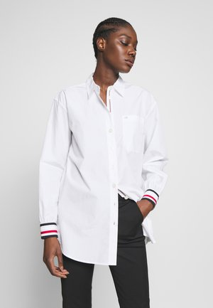 ICON BOYFRIEND - Button-down blouse - white