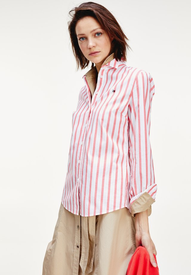 LACIE  - Button-down blouse - bitonal stp bright vermillion