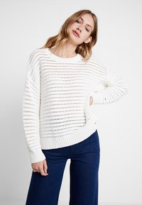 Tommy Hilfiger - VANAH - Pullover - white - 0