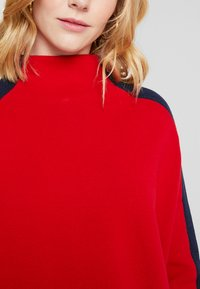 Tommy Hilfiger - MAISY MOCK - Maglione - red - 5