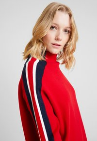 Tommy Hilfiger - MAISY MOCK - Maglione - red - 3