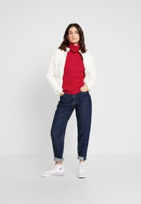 Tommy Hilfiger - HASEL ROLL - Pullover - red - 1