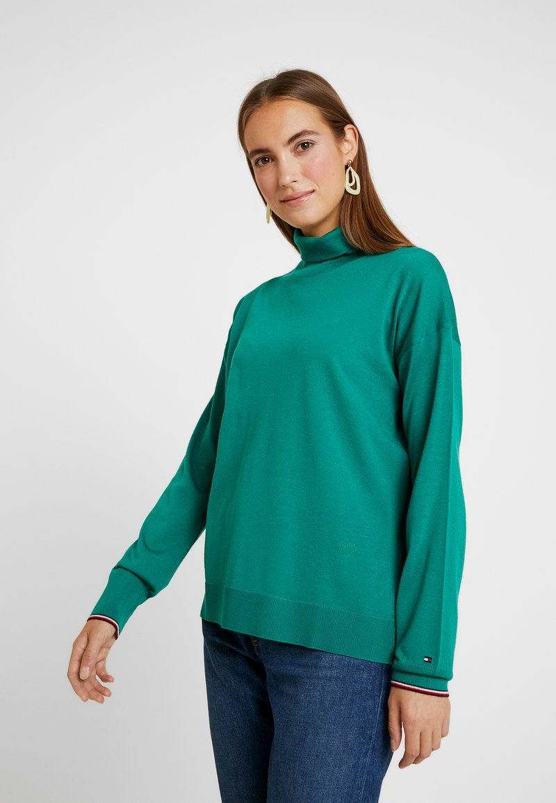 Tommy Hilfiger - ESSENTIAL ROLL - Pullover - green