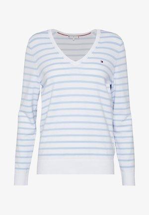 Svetr - classic white / breezy blue