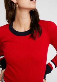 Tommy Hilfiger - VANESSA  - Pullover - primary red - 4
