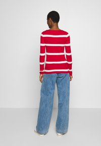 Tommy Hilfiger - STRIPE CABLE BOAT - Svetr - red/white - 2