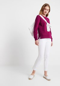Tommy Hilfiger - CLAIRE - Mikina - purple - 1