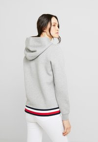 Tommy Hilfiger - HERITAGE ZIP THROUGH HOODIE - veste en sweat zippée - light grey - 2