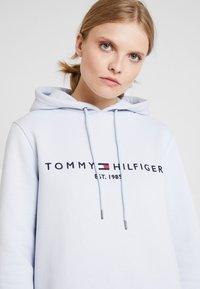 Tommy Hilfiger - HOODIE - Mikina skapucí - morning sky blue - 3
