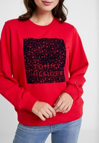 Tommy Hilfiger - STACY - Sweatshirt - primary red - 4