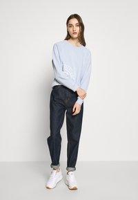 Tommy Hilfiger - VINCY REGULAR  - Sweatshirt - breezy blue - 1