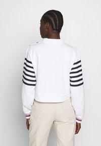 Tommy Hilfiger - ICON HIGH - Sweatshirt - white - 2