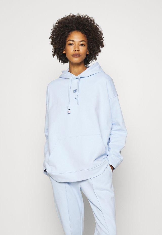 CINDY RELAXED HOODIE - Bluza z kapturem - polished blue