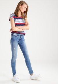 Tommy Hilfiger - COMO NOLA - Jeans Skinny Fit - denim - 1