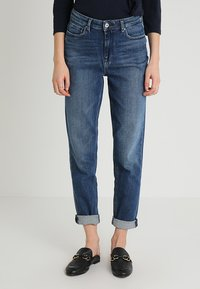 Tommy Hilfiger - GRAMERCY ANKLE LILITH - Jeansy Relaxed Fit - blue denim - 0