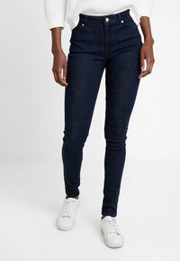 Tommy Hilfiger - HARLEM ULTRA DIATA - Jeans Skinny Fit - denim - 0