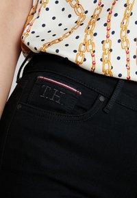 Tommy Hilfiger - ESS HARLEM ANI - Jeans Skinny Fit - denim - 5