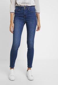 Tommy Hilfiger - COMO JULIA - Jeans Skinny Fit - denim - 0