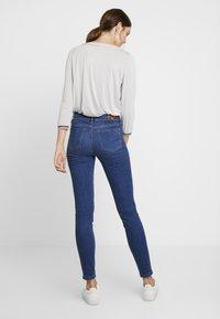 Tommy Hilfiger - COMO JULIA - Jeans Skinny Fit - denim - 2