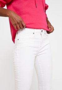 Tommy Hilfiger - COMO  - Jeans Skinny - white - 4