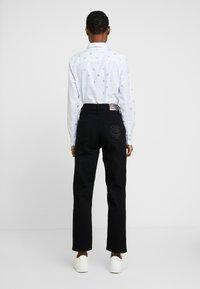 Tommy Hilfiger - CLASSIC STRAIGHT - Straight leg jeans - balt - 2