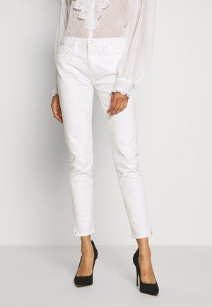 VENICE HANA - Jeans slim fit - classic white