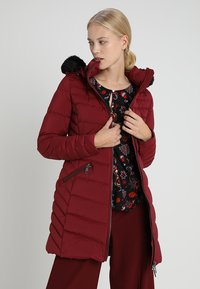 Tommy Hilfiger - APRIL COAT - Donsjas - red - 0