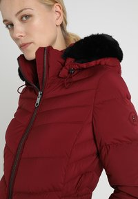 Tommy Hilfiger - APRIL COAT - Donsjas - red - 5