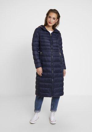 ESSENTIAL MAXI COAT - Down coat - blue