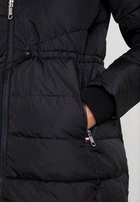 Tommy Hilfiger - ALANA PADDED COAT - Abrigo de invierno - black - 6
