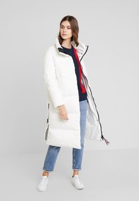 Tommy Hilfiger - PEARL COAT - Piumino - white - 0