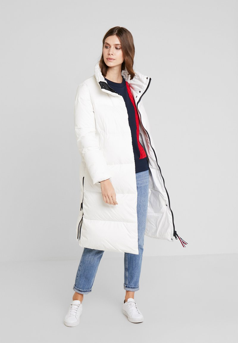 Tommy Hilfiger - PEARL COAT - Piumino - white