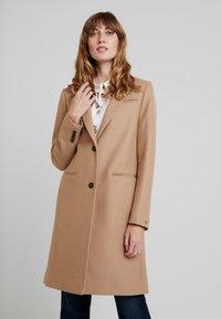 Tommy Hilfiger - BELLE BLEND CLASSICCOAT - Classic coat - camel - 0