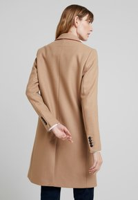 Tommy Hilfiger - BELLE BLEND CLASSICCOAT - Classic coat - camel - 2