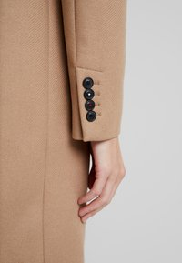Tommy Hilfiger - BELLE BLEND CLASSICCOAT - Classic coat - camel - 6