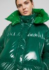 Tommy Hilfiger - PALMER GLOSSY COAT - Down coat - green