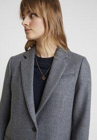 Tommy Hilfiger - ESSENTIAL CLASSIC LONG COAT - Zimní kabát - grey - 3