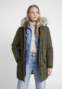 Tommy Hilfiger - NOVA AUTHENTIC INSULATION - Winter coat - grape leaf - 0