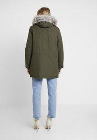 Tommy Hilfiger - NOVA AUTHENTIC INSULATION - Winter coat - grape leaf - 2