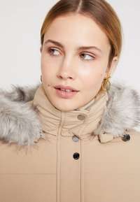 Tommy Hilfiger - NEW TYRA STRETCH INSULATION COAT - Winterjas - medium taupe - 5