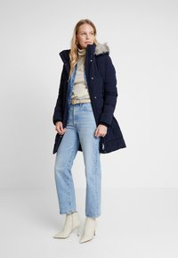 Tommy Hilfiger - NEW TYRA STRETCH INSULATION COAT - Winter coat - sky captain - 1