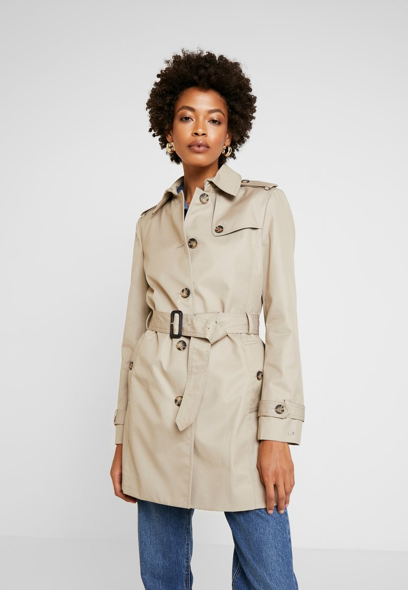 Tommy Hilfiger - HERITAGE SINGLE BREASTED TRENCH - Trenchcoat - medium taupe