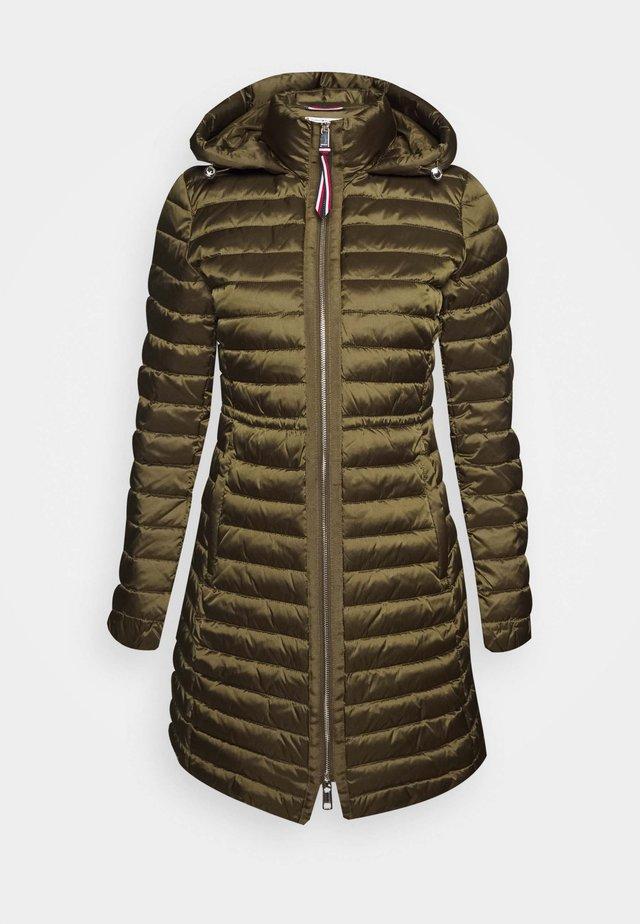 COAT - Płaszcz zimowy - army green