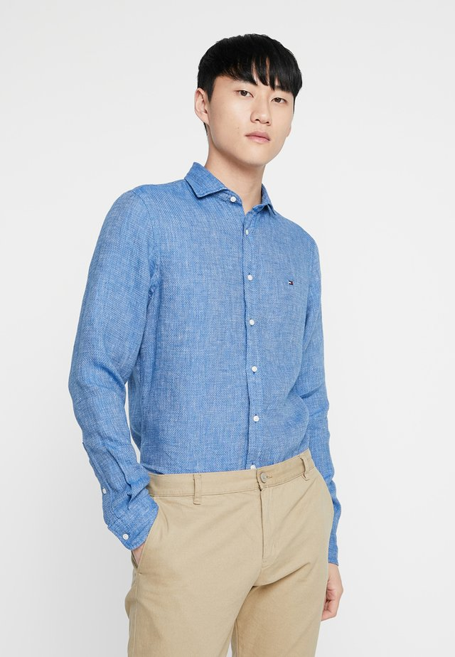 SLIM CROSSHATCH - Shirt - blue