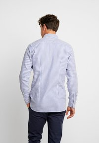 Tommy Hilfiger - SLIM TEXTURED  - Skjorta - blue - 2