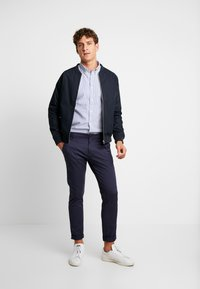 Tommy Hilfiger - SLIM TEXTURED  - Skjorta - blue - 1