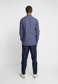 Tommy Hilfiger - ESSENTIAL TARTAN SLIM FIT - Shirt - blue - 2