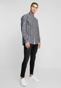 Tommy Hilfiger - HEATHER WINDOWPANE SHIRT - Camicia - blue - 1
