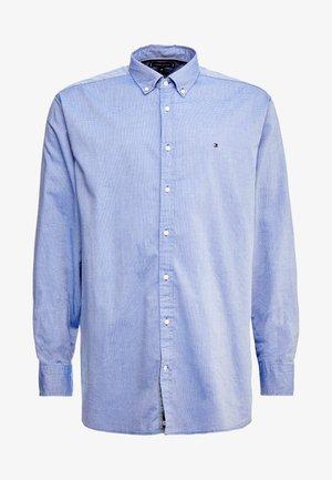 FLEX DOBBY SHIRT REGULAR FIT - Skjorta - blue