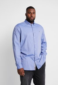 Tommy Hilfiger - FLEX DOBBY SHIRT REGULAR FIT - Košile - blue - 0